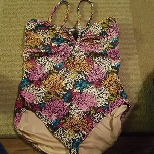 Size 18 Lands Ends one piece Swim suit